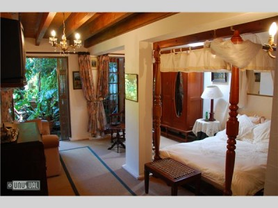 Jambo Guest House - Acommodation - Cape Town